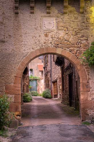 Village Gate at Monestiés